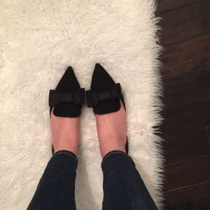 Adorable bow tie flats